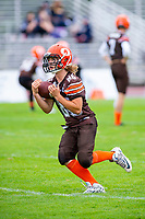KELOWNA, BC - SEPTEMBER 8:   Kaden Cretney #86 of Okanagan Sun warms up on the field against the Langley Rams at the Apple Bowl on September 8, 2019 in Kelowna, Canada. (Photo by Marissa Baecker/Shoot the Breeze)