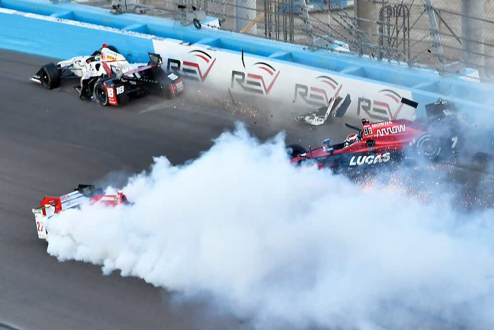 Verizon IndyCar Series<br /> Desert Diamond West Valley Phoenix Grand Prix<br /> Phoenix Raceway, Avondale, AZ USA<br /> Saturday 29 April 2017<br /> Sebastien Bourdais, Dale Coyne Racing Honda, Mikhail Aleshin, Schmidt Peterson Motorsports Honda, Marco Andretti, Andretti Autosport with Lendium Honda Crash at the start<br /> World Copyright: Scott R LePage<br /> LAT Images<br /> ref: Digital Image lepage-170429-phx-3090b