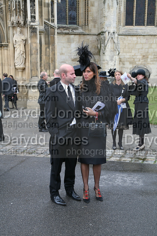 Stefan ? and Countess Debbie von Bismark, Funeral for Isabella Blow. Gloucester Cathedral. 15 May 2007.  -DO NOT ARCHIVE-© Copyright Photograph by Dafydd Jones. 248 Clapham Rd. London SW9 0PZ. Tel 0207 820 0771. www.dafjones.com.