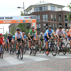 01-09-2017: Wielrennen: Boels Ladies Tour: Weert: Start Gennep