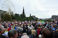 A general view of the referendum campaign tour in Edinburgh..<br /> MP to resume referendum campaign tour. Jim Murphy to make the case for the United Kingdom during his 100 Streets in 100 Days project<br /> Pako Mera/Universal News And Sport (Europe) 02/09/2014