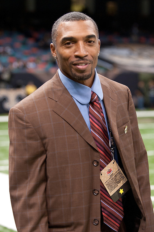 21 November 2010: New Orleans Saints formal player Michael Lewis on sidelines.