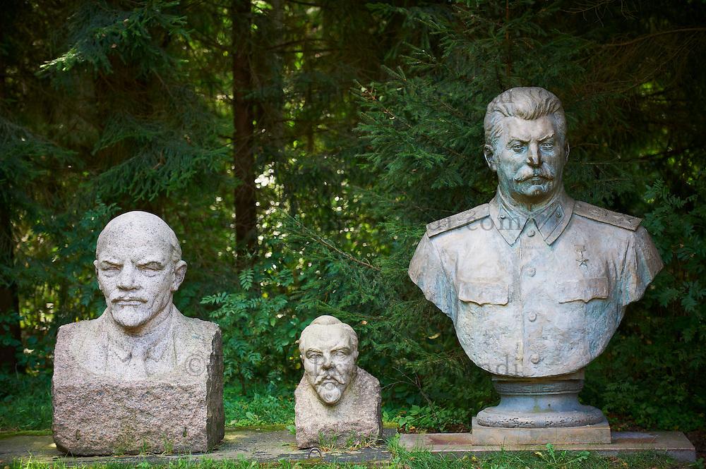 Lituanie (pays baltes), comté de Alytus, Druskininkai, le parc Gruto Parkas ou Parc Grutas surnommé le monde de Stalin, Joseph Stalin né le 21 decembre 1879 mort le 5 mars 1953 // Lithuania (Baltic Countries), Alytus region, city of Druskininkai, Gruto Park, the Stalin world.