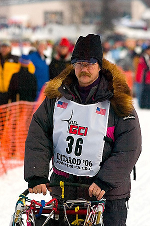 05 March 2006: Willow, Alaska - 5 time champion, Rick Swenson, heads out in search of victory number 6 during the restart of the 2006 Iditarod on Willow Lake in Willow, Alaska