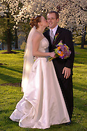 Mark Wolley and Beth Geiger Wedding in Washington DC at the Marriott Wardman Park. (Alan Lessig/ Wedding Photojournalist)