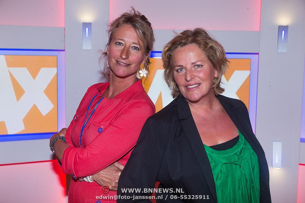 NLD/Hilversum/20130826 - najaarspresentatie 2013 omroep Max, Elles de Bruin en Margreet Reijntjes