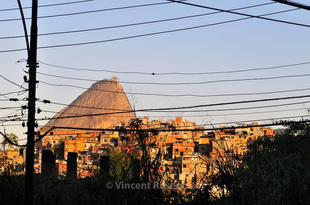 Sugarloaf and favela Santo Amaro  - as seen from Santa Teresa borough, Rio de Janeiro. ||.Pão de Açucar e favela Santo Amaro  - vistos do bairro de Santa Teresa, Rio de Janeiro.
