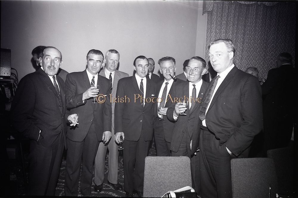 28/06/1965<br /> 06/28/1965<br /> 28 June 1965<br /> Reception for presentation of funding by W.D. & H.O., Wills to Glenageary Horse Show Committee at the Royal Marine Hotel, Dun Laoghaire, Dublin. Image shows (l-r): Mr. A.B. Martin, Showjumping Association of Ireland; Mr. W.J. Kennedy, Secretary Glenageary Horse Show; Mr. C.W. Sugrue, Assistant Factory Manager (Wills); Mr. M. Doyle, Committee Member; Mr. Roddy Egan, R.D.S. (Royal Dublin Society) and Mr. A. Bullanshw, (Wills).