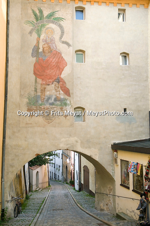 Passau, Bavaria, Germany, June 2010. The historical city center of Passau. The 450 kilometre long Donausteig hiking trail roughly follows the Danube on both sides of the river between Passau in Germany and Grein in Austria. Photo by Frits Meyst/Adventure4ever.com