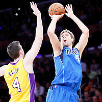 04-04 MAVERICKS AT LAKERS