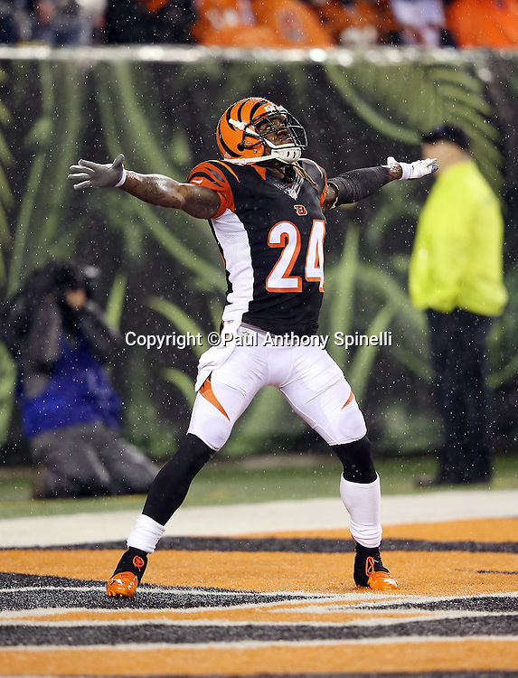 Cincinnati Bengals cornerback Adam Jones (24) waves off his teammates as he looks up to field a kickoff during the NFL AFC Wild Card playoff football game against the Pittsburgh Steelers on Saturday, Jan. 9, 2016 in Cincinnati. The Steelers won the game 18-16. (©Paul Anthony Spinelli)