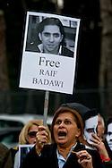 Roma 9 Gennaio 2014<br /> Sit-in davanti all'Ambasciata dell'Arabia Saudita per manifestare contro l&rsquo;esecuzione capitale e chiedere l&rsquo;immediata scarcerazione del giornalista e blogger saudita Raif Badawi imprigionato con l'accusa di apostasia . Organizzato da Nessuno tocchi Caino e Associazione della Comunit&agrave; Marocchina in Italia delle Donne. Souad Sbai dell&rsquo;Associazione Comunit&agrave; Marocchina in Italia delle Donne<br /> Roma, Italy. 9th January  2014<br /> Sit-in in front of the 'Embassy of Saudi Arabia to protest against the execution and ask for the immediate release of journalist and blogger Saudi Raif Badawi imprisoned on charges of apostasy. Organized by Hands Off Cain and the Community Association of Moroccan Women in Italy.
