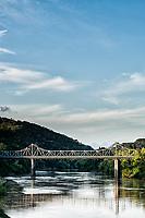 Ponte Aldo Pereira de Andrade (Ponte de Ferro). Blumenau, Santa Catarina, Brasil. / <br /> Aldo Pereira de Andrade Bridge. Blumenau, Santa Catarina, Brazil.