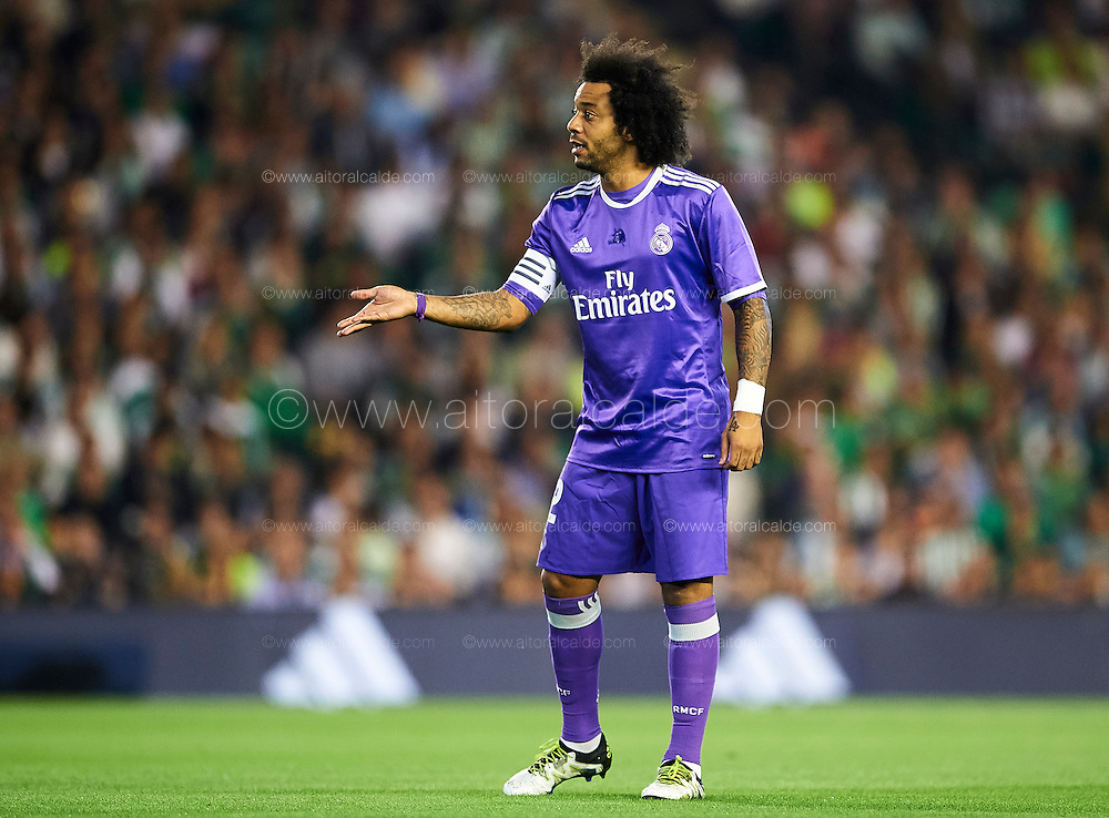 SEVILLE, SPAIN - OCTOBER 15:  Marcelo of Real Madrid CF looks on during the match between Real Betis Balompie and Real Madrid CF as part of La Liga at Benito Villamrin stadium October 15, 2016 in Seville, Spain.  (Photo by Aitor Alcalde/Getty Images)