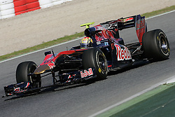 26.02.2010, Circuit de Catalunya, Barcelona, ESP, Formel 1 Tests, im Bild Jaime Alguersuari - Toro Rosso F1 team, EXPA Pictures © 2010, PhotoCredit: EXPA/ InsideFoto/ Semedia / SPORTIDA PHOTO AGENCY