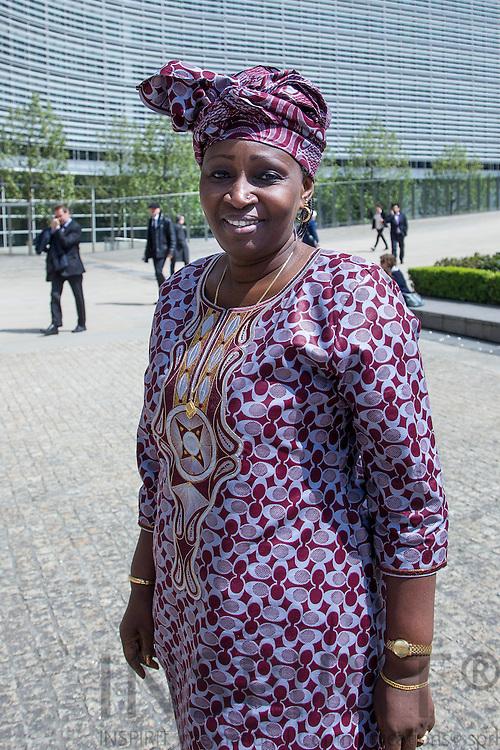 Gambias miljøminister Fatou Gaye ved Europa-Kommissionens bygning Berlaymont i Bruxelles den 7 maj 2012. Foto: Erik Luntang / INSPIRIT PHOTO