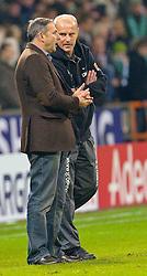 13.11.2010, Weser Stadion, Bremen, GER, 1.FBL, Werder Bremen vs 1. FC Eintracht Frankfurt im Bild  Thomas Schaaf ( Werder  - Trainer  COACH) und Klaus Allofs  (Geschäftsführer Profifußball - GER) nach dem Spiel     EXPA Pictures © 2010, PhotoCredit: EXPA/ nph/  Kokenge+++++ ATTENTION - OUT OF GER +++++