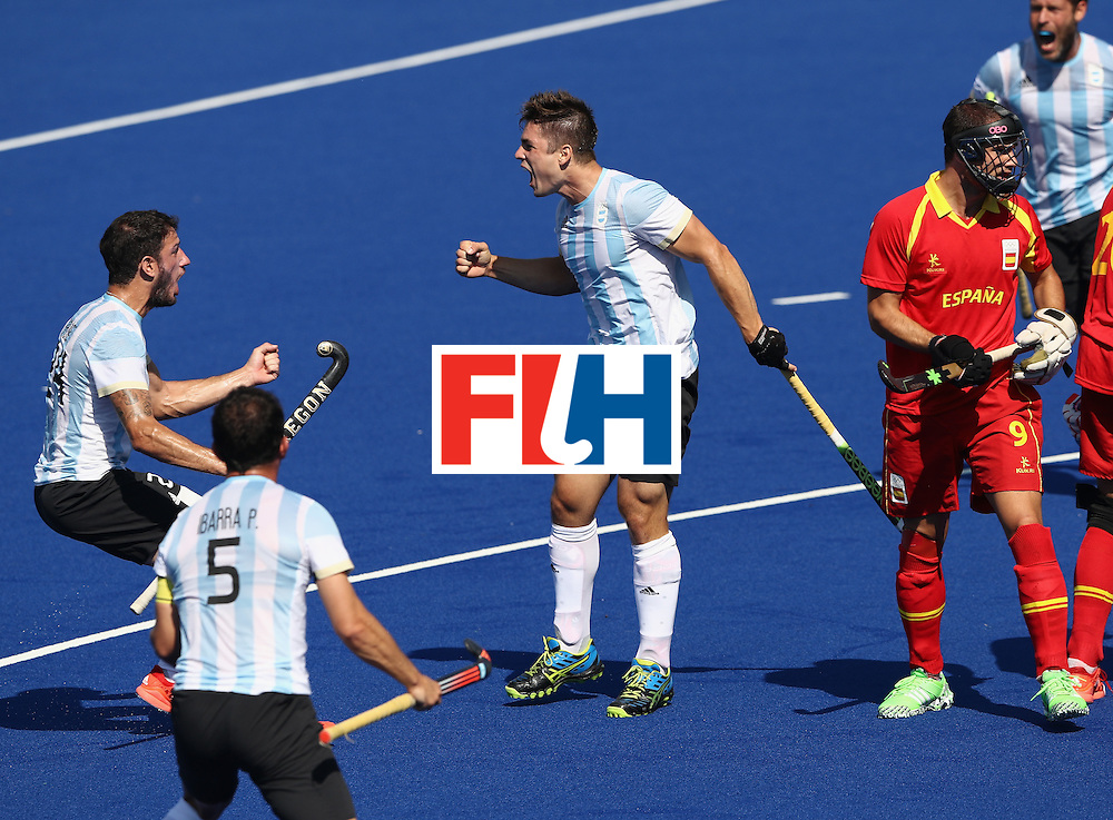 RIO DE JANEIRO, BRAZIL - AUGUST 14: Gonzalo Peillat of Argentina celebrates after scoring the first goal during the Men's hockey quarter final match between Spain and Argentina on Day 9 of the Rio 2016 Olympic Games at the Olympic Hockey Centre on August 14, 2016 in Rio de Janeiro, Brazil.  (Photo by David Rogers/Getty Images)