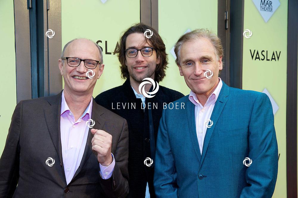AMSTERDAM - Het toneelstuk Vaslav is in premiere gegaan in theater DeLaMar.  Hans Croiset (L) en Arthur Japin (R) op de rode loper. FOTO LEVIN DEN BOER - PERSFOTO.NU