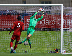 KIRKBY, ENGLAND - Saturday, August 31, 2019: Liverpool's goalkeeper Ben Winterbottom during the Under-18 FA Premier League match between Liverpool FC and Manchester United at the Liverpool Academy. (Pic by David Rawcliffe/Propaganda)