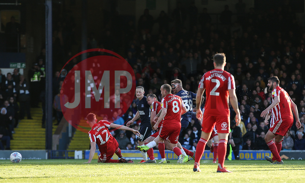 Stephen Humphrys of Southend United scores a goal to make it 2-1 - Mandatory by-line: Arron Gent/JMP - 04/05/2019 - FOOTBALL - Roots Hall - Southend-on-Sea, England - Southend United v Sunderland - Sky Bet League One
