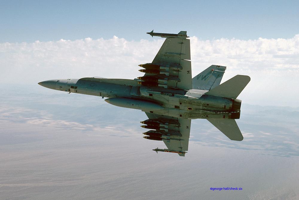F/A-18A Hornet, USMC, with 500-lb MK 82 bombs