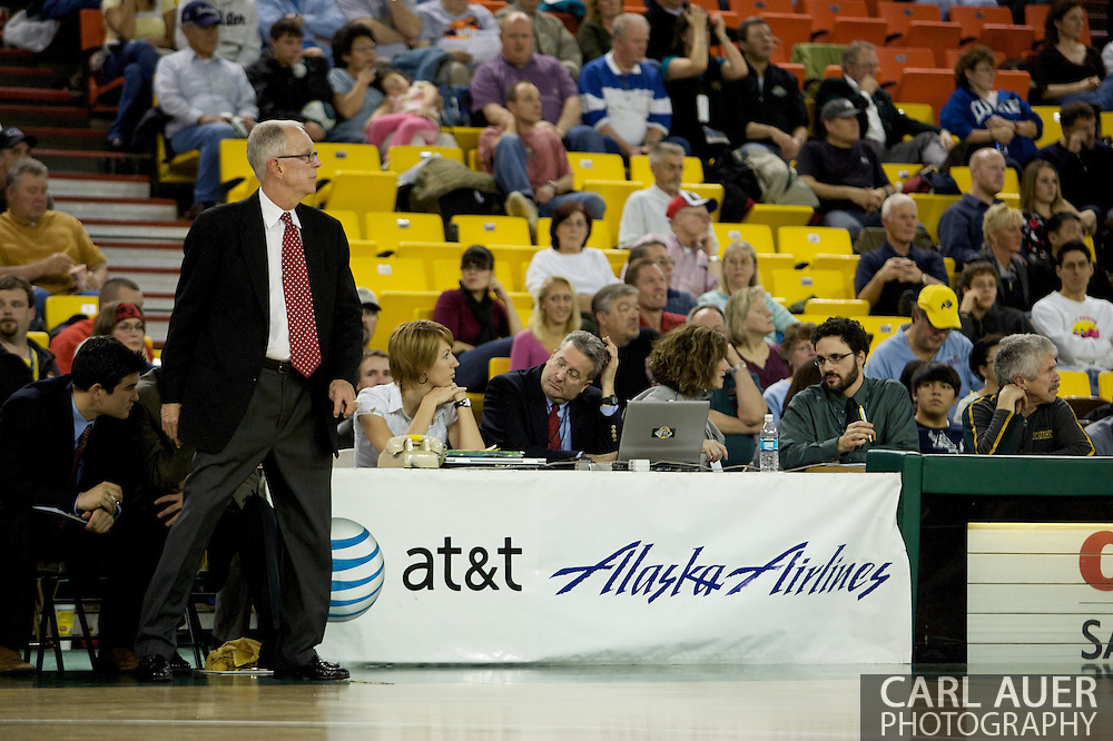 November 29, 2008: Aztec head coach Steve Fisher in the championship game of the 2008 Great Alaska Shootout at the Sullivan Arena.  San Diego State would keep Hampton scoreless for most of the first 7 minutes of the game and never look back on the Aztec's run to the win Saturday night.