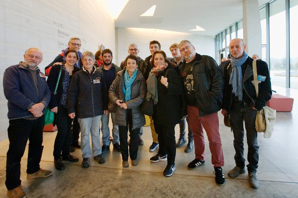 Visite de Lascaux IV avec Jean-Jacques Favier (à gauche au 2e rang) et Silvia Casalino (4e au 2e rang)