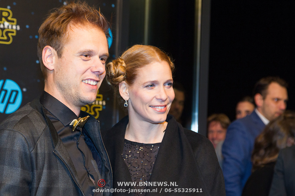 NLD/Amsterdam/20151215 - première van STAR WARS: The Force Awakens!, Armin van Buren en partner Erika van Thiel