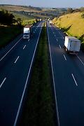 Nepomuceno_MG, Brasil...Caminhao na BR-381, Fernao Dias, em Nepomuceno...A truck on  BR-381, Fernao Dias, in Nepomuceno...Foto: LEO DRUMOND / NITRO.....