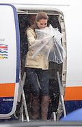 Kate Middleton & Prince William Rainy Arrival, Bella Bella
