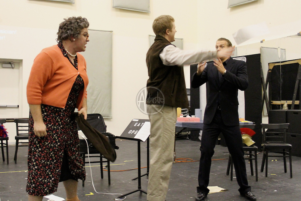 Seattle Opera Young Artists Program: Viva La Mama