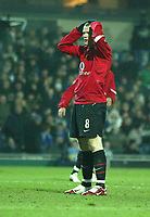 Photo: Aidan Ellis.<br /> Blackburn v Manchester United. Barclays Premiership. 01/02/2006.<br /> United's Wayne Rooney cant believe he has missed a chance to score