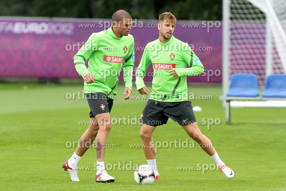 14.06.2012, Sportzentrum Remes, Opalenica, POL, UEFA EURO 2012, Portugal, Training, im Bild PEPE (POR) MIGUEL VELOSO (POR) // during the during EURO 2012 Trainingssession of Portuguese national team, at the Sportzentrum Remes, Opalenica, Poland on 2012/06/14. EXPA Pictures © 2012, PhotoCredit: EXPA/ Newspix/ Maciej Opala..***** ATTENTION - for AUT, SLO, CRO, SRB, SUI and SWE only *****