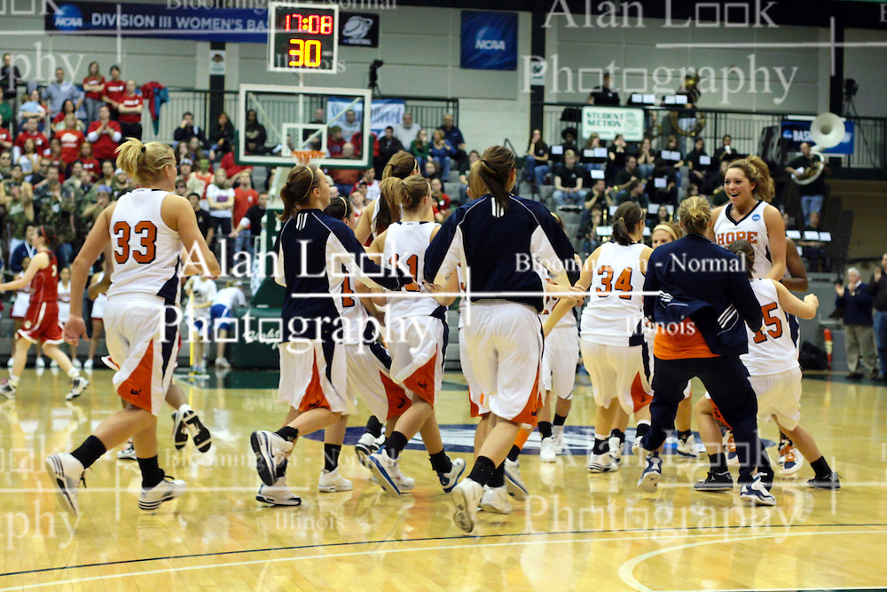 20 March 2010: The Hope bench rushes the court to congratulate the active five as a time out is called. The Flying Dutch of Hope College fall to the Bears of Washington University 65-59 in the Championship Game of the Division 3 Women's NCAA Basketball Championship the at the Shirk Center at Illinois Wesleyan in Bloomington Illinois.