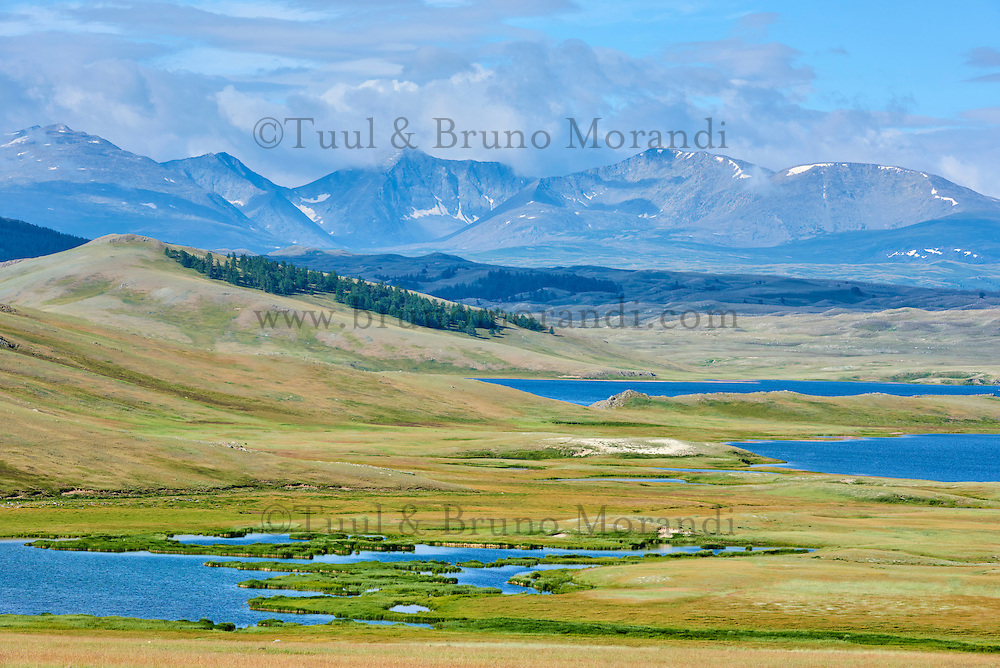 Mongolie, province de Bayan-Ulgii, Parc national de Tavan Bogd, les plus hauts sommets de la chaine de montagne Altai Mongol, lacs de Dayan Nuur // Mongolia, Bayan-Ulgii province, western Mongolia, National parc of Tavan Bogd, the 5 highest summit of the Altay mountains, Dayan Nuur lake
