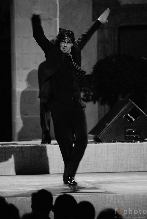 The spanish dancer Jesús Aguilera during a performance in the First Dance Festival Ibérica Contemporánea, Querétaro, México, 2007