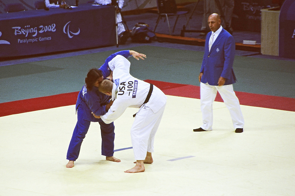 Paralympics Day 3 - Beijing 2008<br /> Myles Porter (USA) &amp; Juan Carlos Cortada Day 3<br /> Myles PORTER (USA) is competing against Juan Carlos CORTADA (CUBA) , -100kg category, in the Bronze Medal contest. Worker's gymnasium, Paralympic Games , September 09 2008