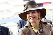 Hare Majesteit Koningin Máxima is donderdagmiddag 27 maart 2014 aanwezig bij de viering van het 10-jarig bestaan van het ROC Midden Nederland in Utrecht. Onderdeel van de viering is de opening van een nieuwe onderwijslocatie die het ROC in januari 2014 in gebruik heeft genomen en waarmee een breder herhuisvestingsproject is afgerond. <br /> <br /> Her Majesty Queen Máxima's  attends the celebration of the 10th anniversary of the ROC Central Netherlands in Utrecht. Part of the celebration is the opening of a new educational venue that the ROC has put into operation in January 2014, and that a broader resettlement project is completed.<br /> <br /> OP de foto / On the photo:  Aankomst / Arrival