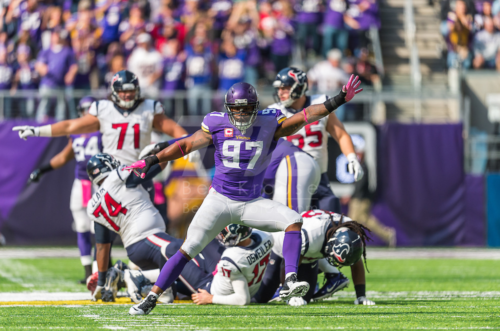 Minnesota Vikings vs. Houston Texans on October 9, 2016 at U.S. Bank Stadium in Minneapolis, Minnesota.  Photo by Ben Krause/Minnesota Vikings
