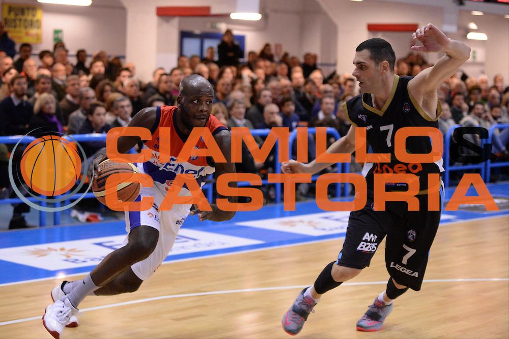 DESCRIZIONE : Brindisi  Lega A 2014-15 Enel Brindisi Upea Capo d'Orlando<br /> GIOCATORE : James Delroy<br /> CATEGORIA : Palleggio Penetrazione<br /> SQUADRA : Enel Brindisi<br /> EVENTO : Campionato Lega A 2014-2015<br /> GARA :Enel Brindisi Upea Capo d'Orlando<br /> DATA : 21/12/2014<br /> SPORT : Pallacanestro<br /> AUTORE : Agenzia Ciamillo-Castoria/M.Longo<br /> Galleria : Lega Basket A 2014-2015<br /> Fotonotizia : <br /> Predefinita :