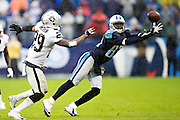 NASHVILLE, TN - NOVEMBER 29:  Harry Douglas #83 of the Tennessee Titans reaches out for a pass while being defended by David Amerson #29 of the Oakland Raiders at Nissan Stadium on November 29, 2015 in Nashville, Tennessee.  (Photo by Wesley Hitt/Getty Images) *** Local Caption *** Harry Douglas; David Amerson