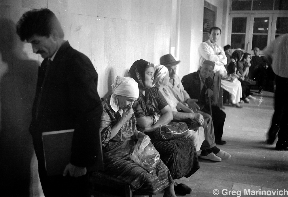 Waiting to see bureaucrats, Grozny, Chechnya, 1995. Greg Marinovich