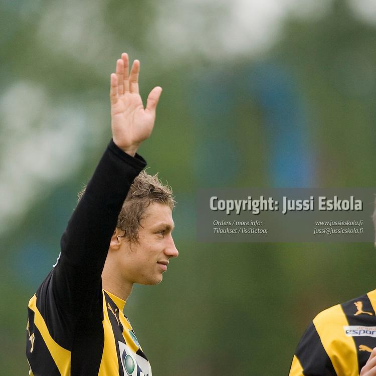 Roni Porokara. Honka-HJK, Veikkausliiga, Tapiola 27.5.2007. Photo: Jussi Eskola