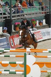 HENNING Heino, Cindy 764<br /> Amateur Springreiter- Cup Trophy Finale<br /> Nörten Hardenberg Burgturnier - 2011<br /> (c) www.sportfotos-Lafrentz. de/Stefan Lafrentz