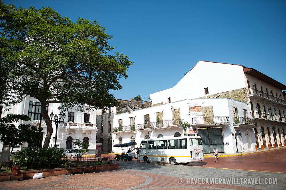 Plaza de la Catedral is the central square of the historic Casco Viejo district of Panama City, Panama. It's also known as the Plaza de la Independencia or Plaza Mayor.
