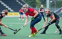 AMSTELVEEN  - Fleur Kok (Laren) tijdens de hoofdklasse competitiewedstrijd hockey dames , Amsterdam-Laren (3-0)  , COPYRIGHT KOEN SUYK