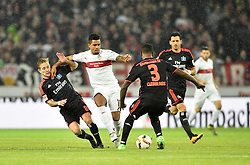 30.12.2015, Mercedes Benz Arena, Stuttgart, GER, 1. FBL, VfB Stuttgart vs Hamburger SV, 19. Runde, im Bild Zweikampf, Aktion Daniel Didavi VfB Stuttgart (Mitte) gegen Lewis Holtby HSV HSV Hamburg Hamburger SV (links) und Cleber Reis HSV Hamburg Hamburger SV (rechts) // during the German Bundesliga 19th round match between VfB Stuttgart and Hamburger SV at the Mercedes Benz Arena in Stuttgart, Germany on 2015/12/30. EXPA Pictures © 2016, PhotoCredit: EXPA/ Eibner-Pressefoto/ Weber<br /> <br /> *****ATTENTION - OUT of GER*****