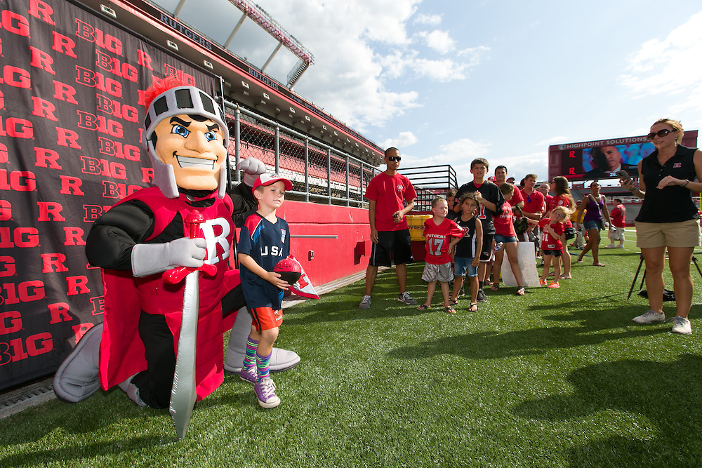 Fans attend open practice and other events at Rutgers Football Fan Apprciation Day, At Rutgers University High Point Solutions Stadium, Piscataway, NJ.  08/09/2014  Photo by Steve Hockstein/Rutgers Athletics.