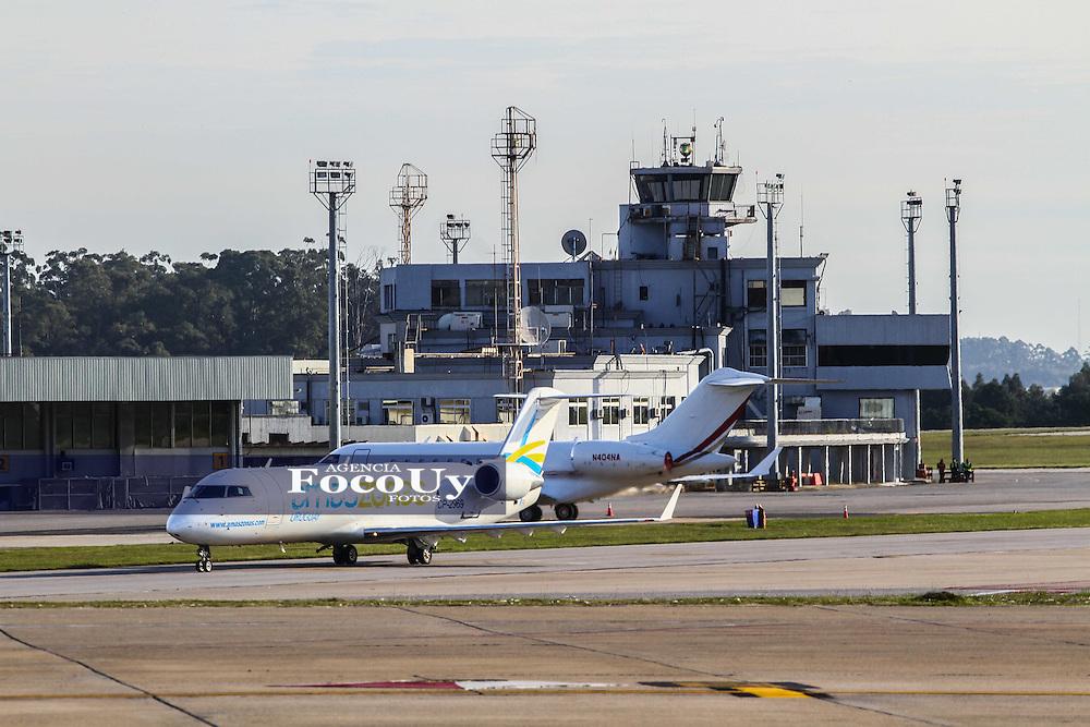 Canelones. 4 de mayo. Aeropuerto de Carrasco. Amaszonas Uruguay despega por primera vez en Uruguay con un vuelo de muestra para clientes y periodistas. <br /> Foto Gaston Britos Agencia Foco
